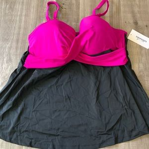 NWT Swimsuits For All Fushia Pink/Black Padded